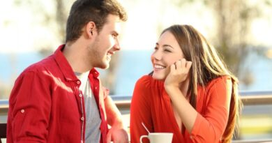 Связи между полушариями мозга у женщин налажены гораздо лучше, чем у мужчин. Как следствие, в анализе той или иной ситуации участвует не только левое полушарие (как у сильного пола), а оба – «логическое» левое и «эмоциональное» правое