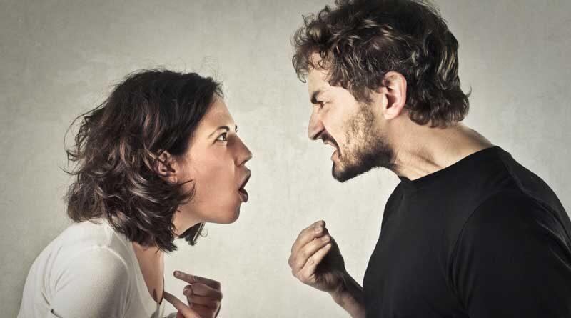 Плохие отношения могут превратиться в зависимость – от привычки трудно избавиться, потому что вы эмоционально привязаны, а привязанная часть вас хочет продолжать попытки, в то время как рациональная часть знает, что вам нужно отпустить